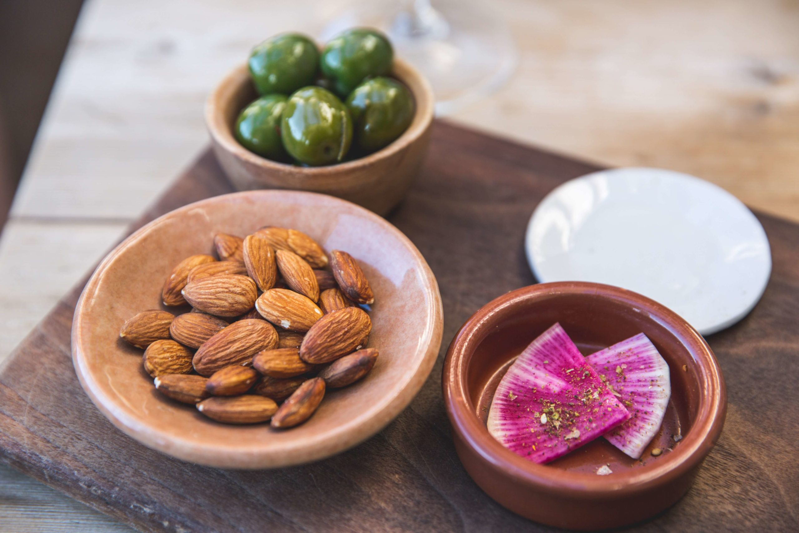 A la recherche d'encas ou de petits déjeuners sains ? Découvrez les nombreux bienfaits des fruits secs et des céréales sur votre santé !